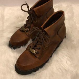 Women's Earth short boots